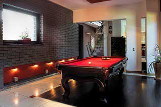 Trained pool table installers in San Francisco image3
