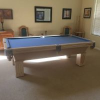 Olhausen Pool table Very Nice Condition