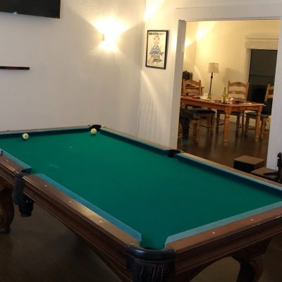 Eclipse 8' Pool Table - Excellent Condition
